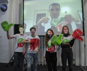 Leerlingen overhandigen oproepvideo voor Rookvrije Generatie aan staatssecretaris Paul Blokhuis 3
